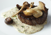 garlic roast beef with wild mushroom sauce